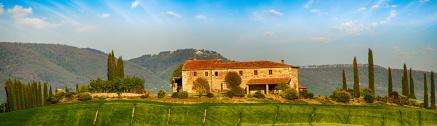 Haus in toskanischer Landschaft